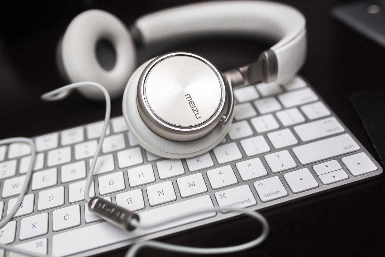 headset microphone image